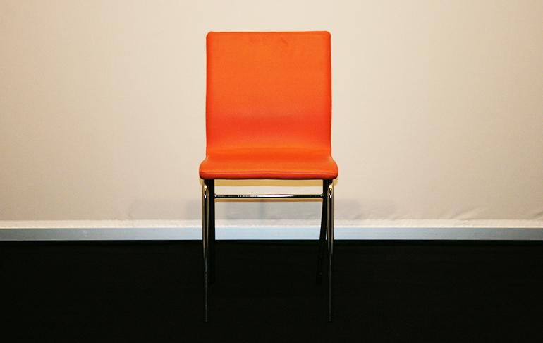 sedie arancioni af allestimenti fieristici